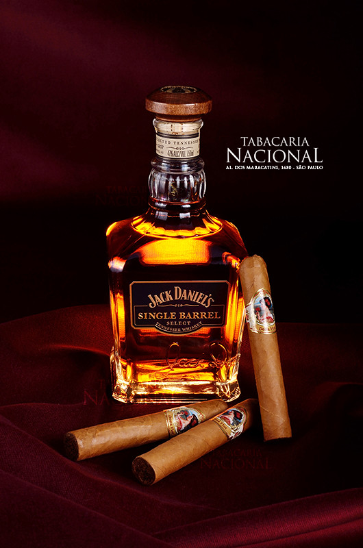 Charuto com jack daniels single barrel charuto dona flor c flickr voltagebd Gallery
