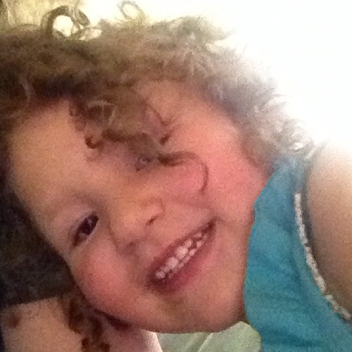 The curls & cuteness are outta control. | by blogging4jobs