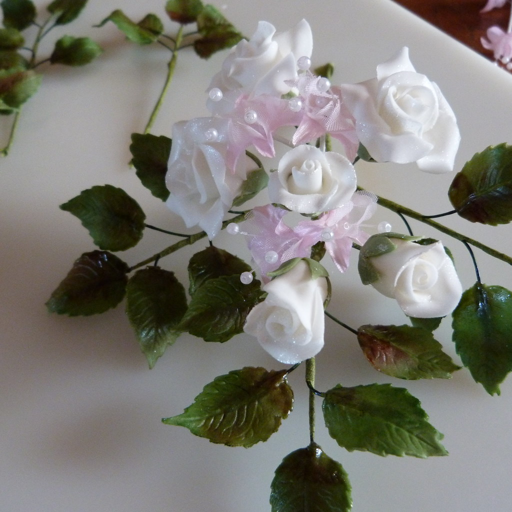 60th Anniversary Sugar Flowers 010 Making 60th Wedding Ann