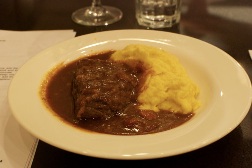 braised short ribs with goat cheese polenta | by petit hiboux