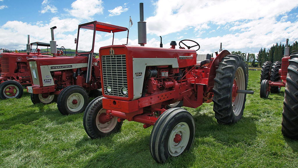 1970 574 International Tractors : Mccormick international tractor the west otago