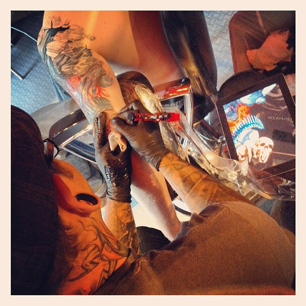 Svetlyo working hard today a few more sessions and he 39 ll for The california dream tattoo shop