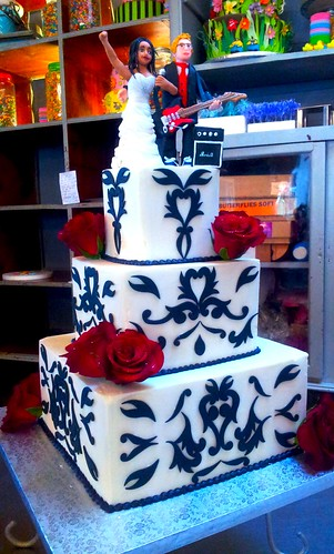 3 Tier Square Wicked Chocolate Wedding Cake Iced In White Flickr