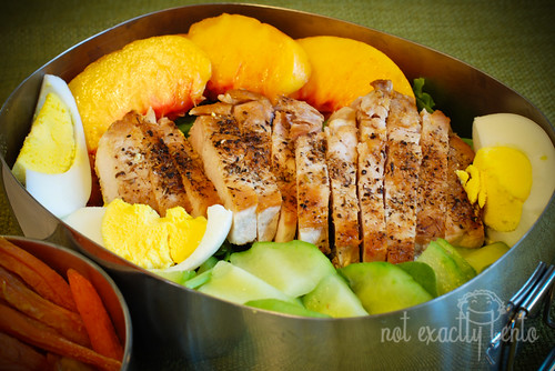 Bento 425 Pork & Nectarine Salad | by bluefrogj