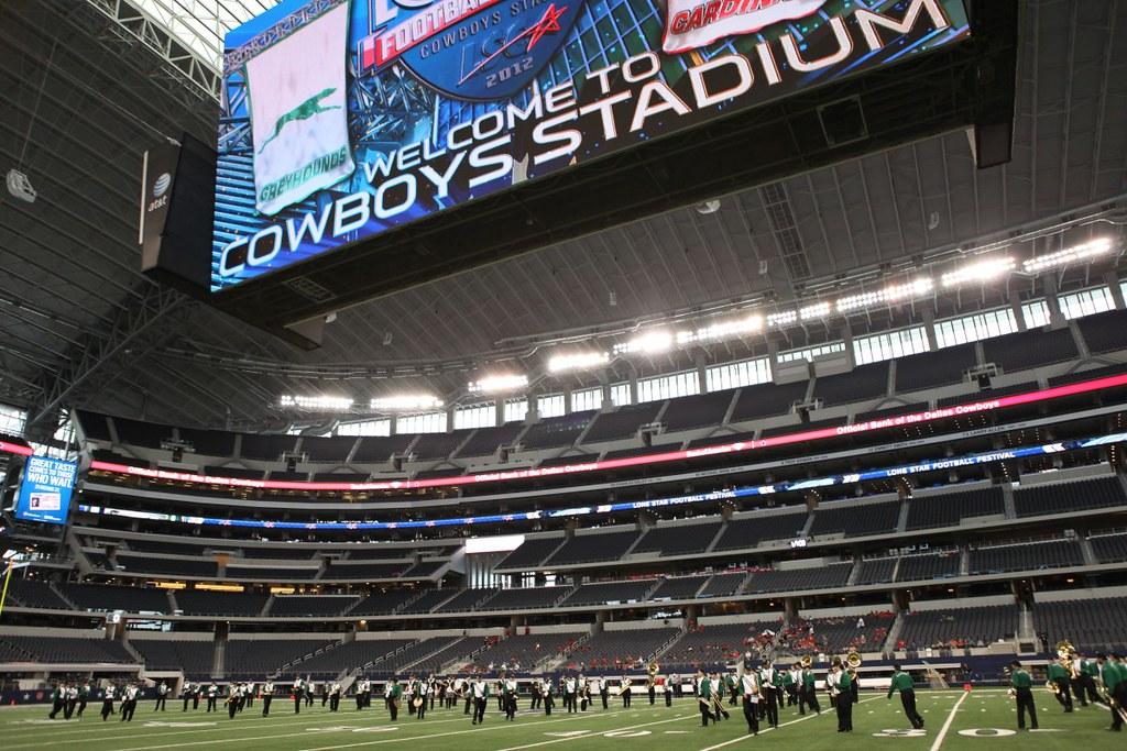 Enmu Greyhound Football At Dallas Cowboys Stadium Eastern New