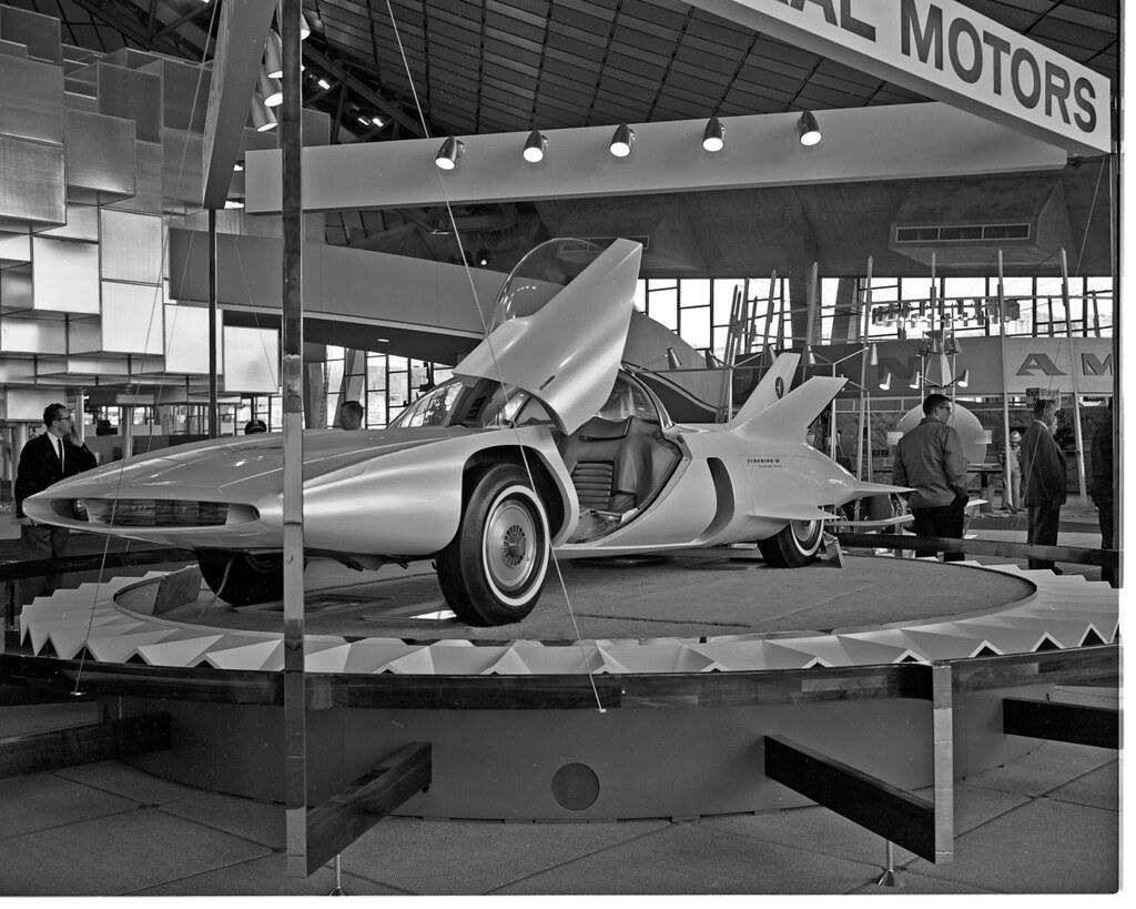 General Motors Exhibit At World S Fair 1962 Item 78914