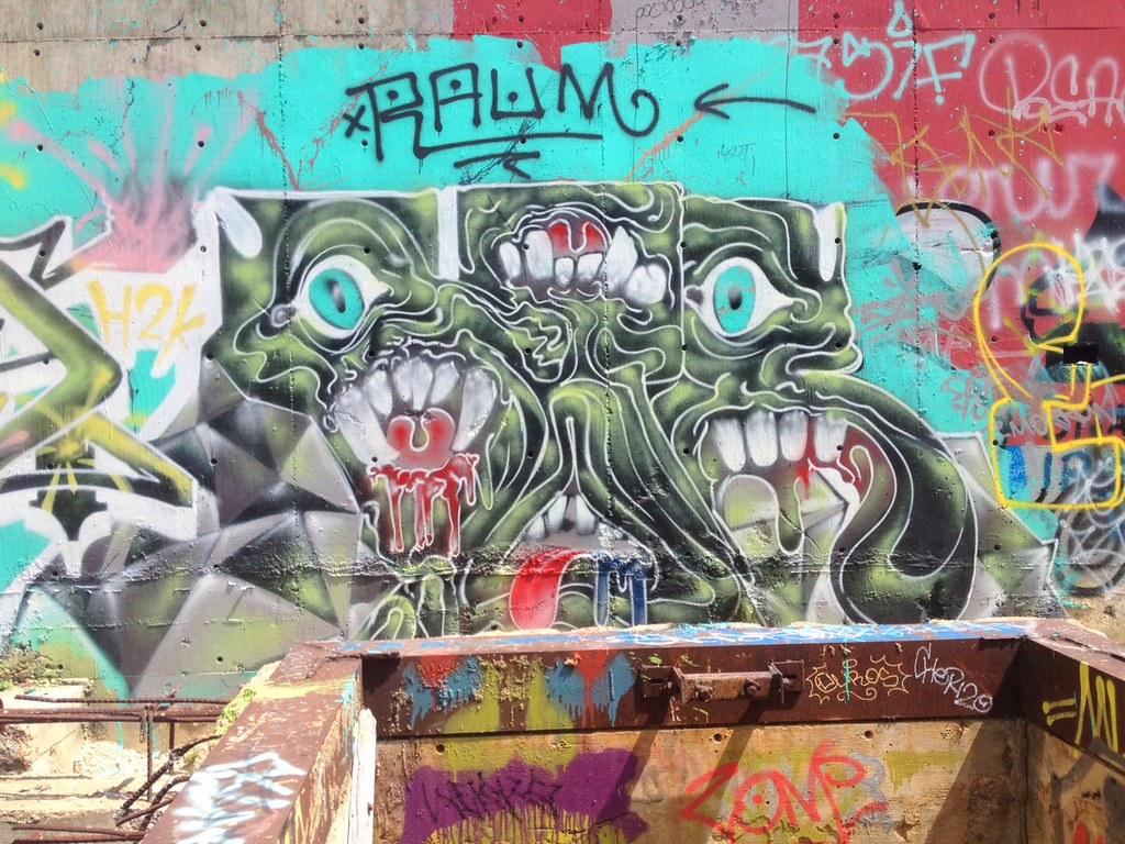 Castle Hill Graffiti Austin Tx By Theeandrew