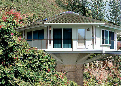 Octagonal Mountainside Pedestal Home This Octagon Home