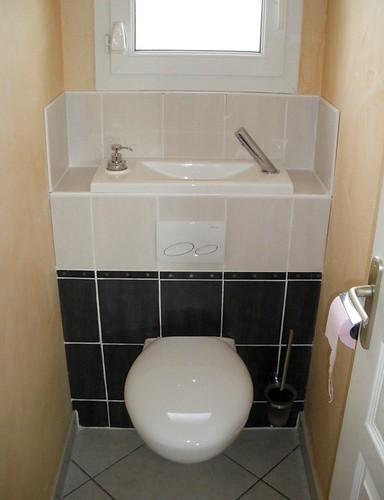 wici bati chez un client wc suspendu avec lave mains flickr. Black Bedroom Furniture Sets. Home Design Ideas