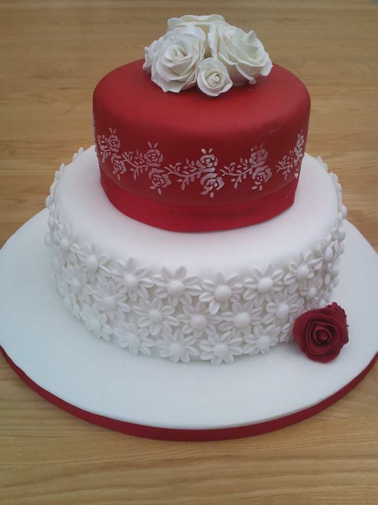 Ruby Anniversary Cake Images : Ruby Anniversary Cake The bottom tier was covered in ...
