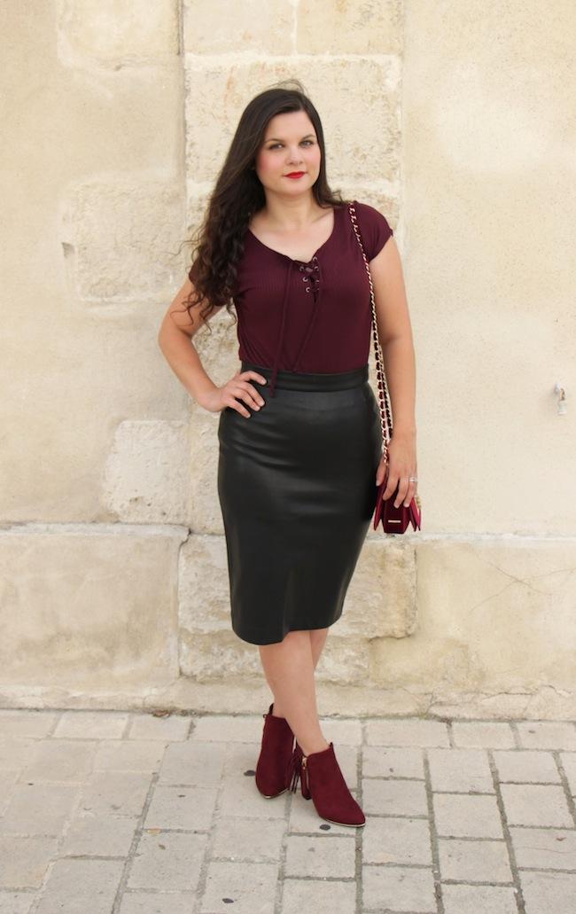 comment_porter_top_lacet_bottines_franges_façon_feminine_blog_mode_la_rochelle_8