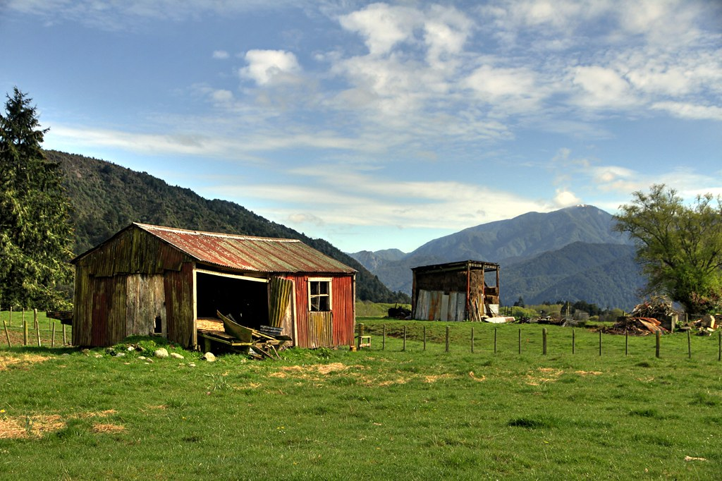 Old farm shed matakitaki valley murchison tasman new z for Barn builders ontario