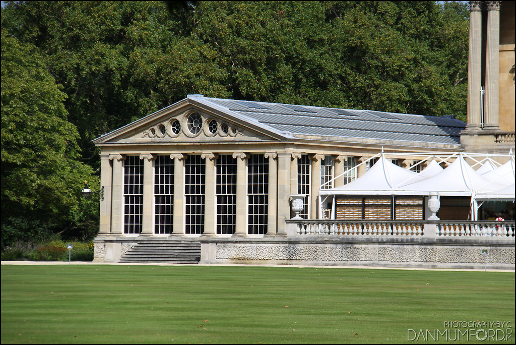 Buckingham palace pool house i believe this building - Is there a swimming pool in buckingham palace ...