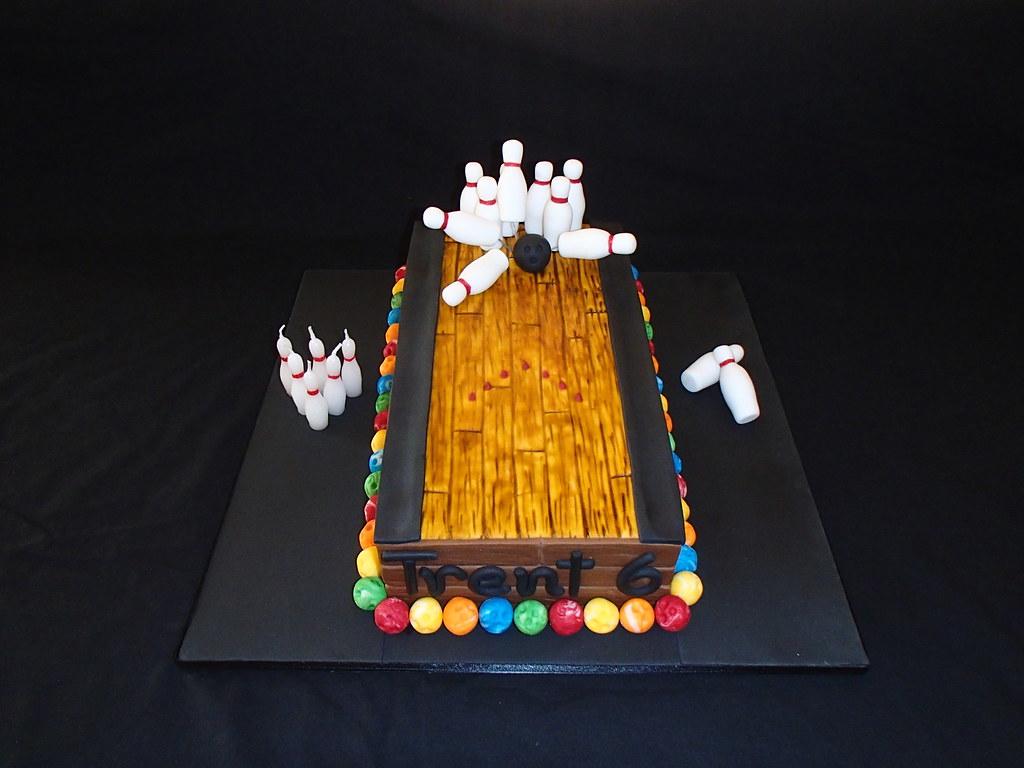 Bowling Cake Decorations