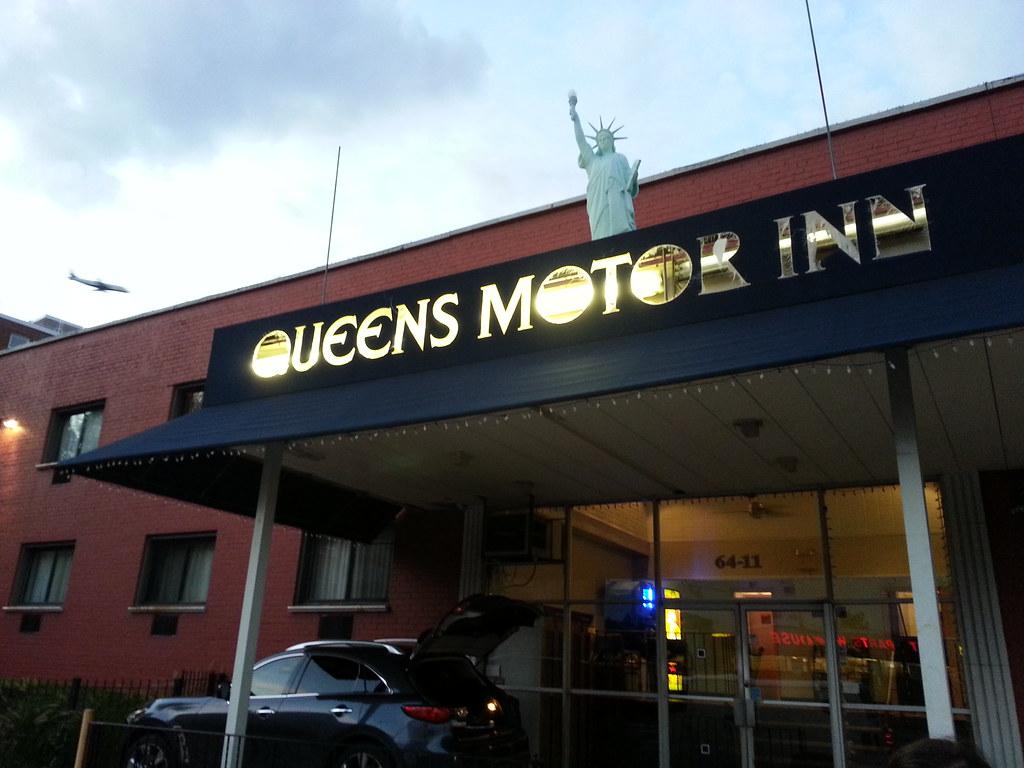 Motor inn motor outt matt green flickr for Motor inn of algona inc algona ia