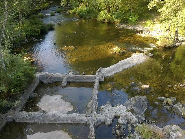 Río Mandeo en la Ruta do Bocelo