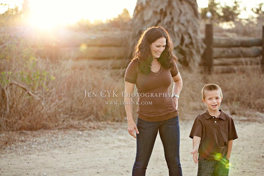 Mother Son Poses 6 Jen Cyk Photography Www Jencyk Com Jencyk