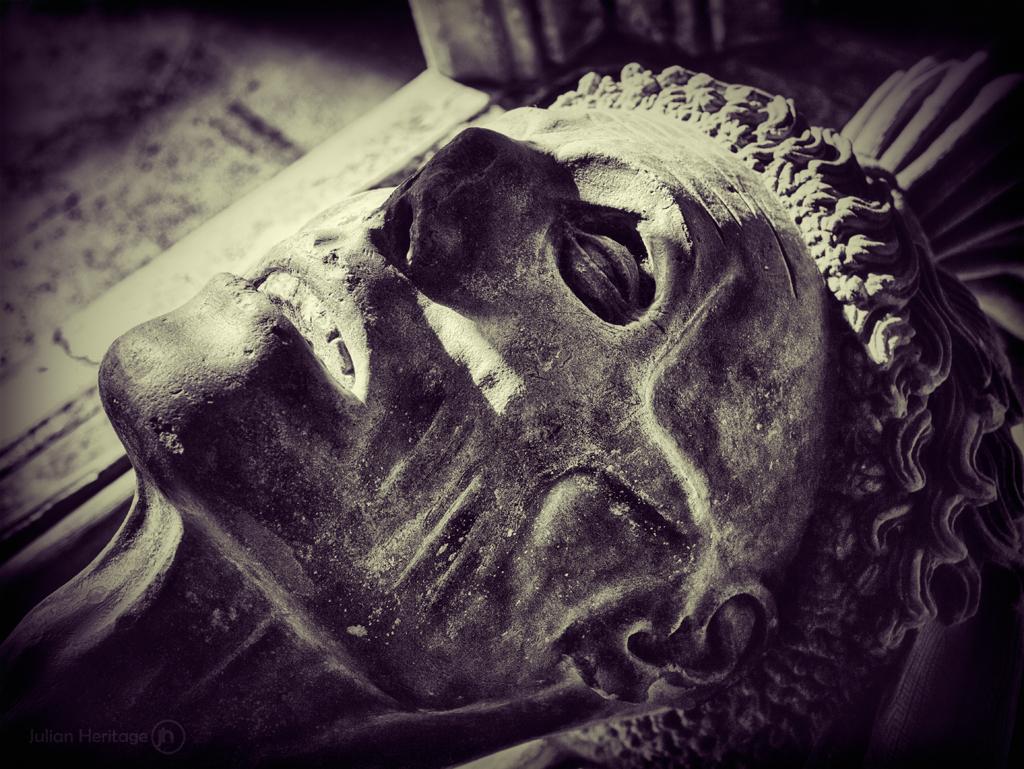 cadaver tomb tomb of john fitzalan the 7th earl of