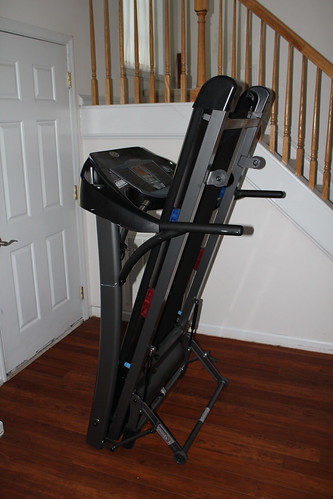 treadmill running machine and between difference