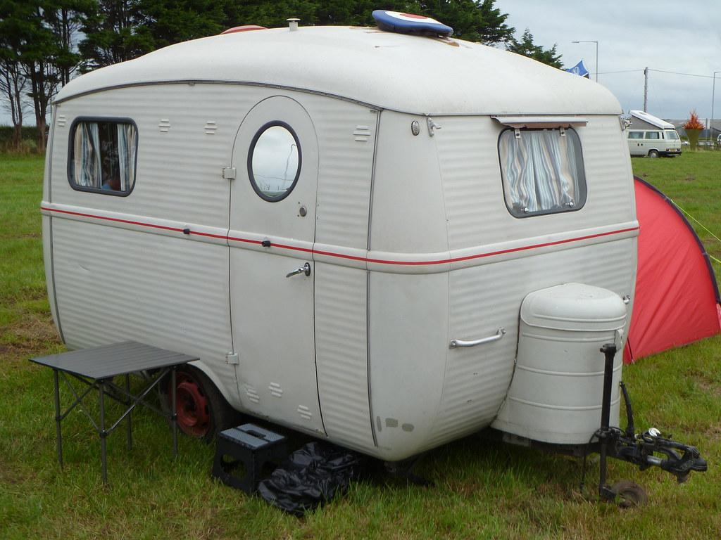 Old Caravan Paul Calderbank Flickr