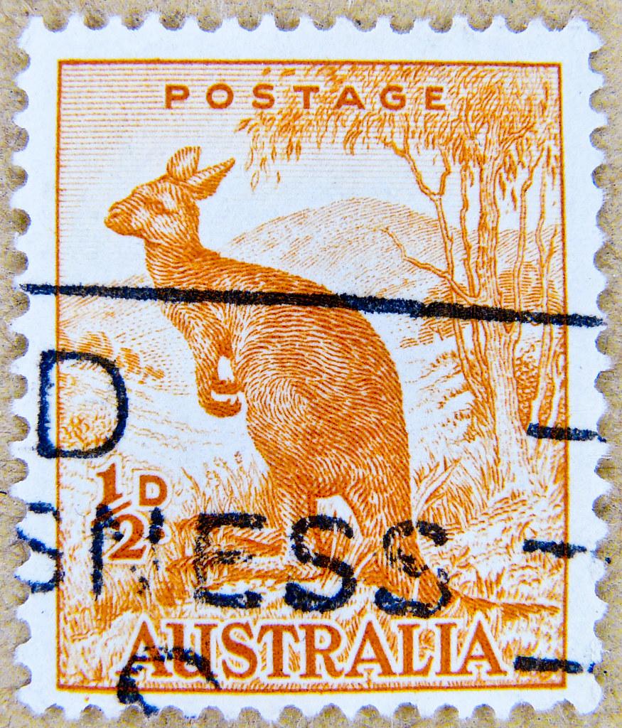 Wonderful Old Stamp Australia 1 2d Half Penny Kangaroo K 228 N