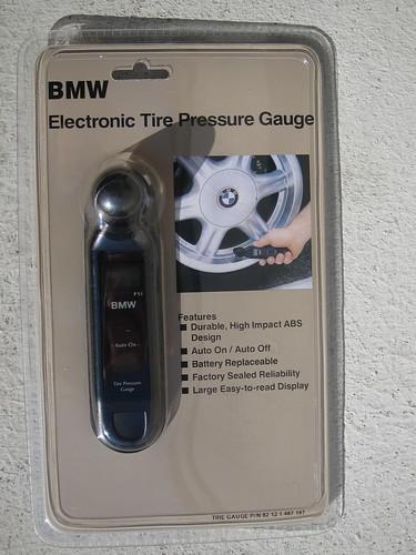 Bmw Electronic Tire Pressure Gauge : Bmw electronic tire pressure gauge sameold flickr