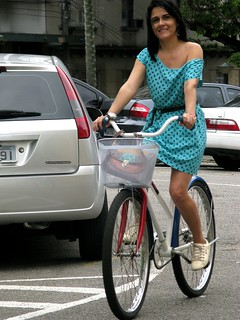 Cycle Chic - Centro Vix 23 | by Dora Doríssima