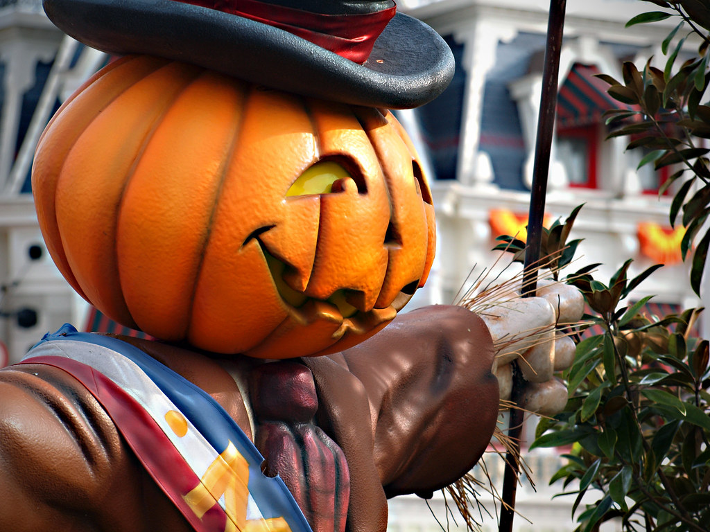 The Pumpkin Mayor | Main Street, USA gets all decked out for ...