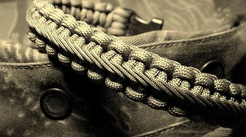 Stairstep Stitched Paracord Bracelet I Found The