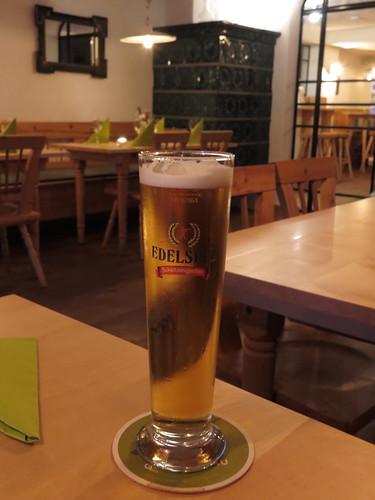 Bier (von der Brauerei Schützengarten) im Gasthof Au (in Vaduz, Liechtenstein)