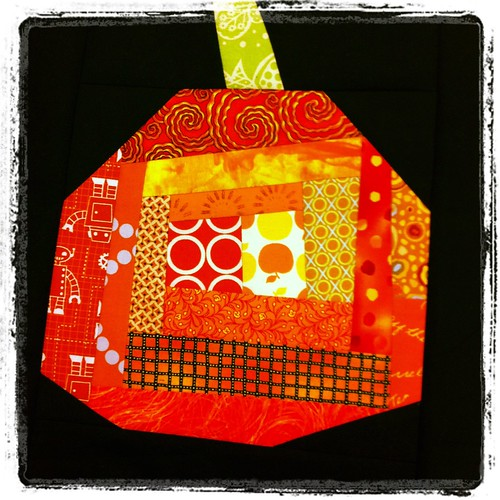 free pieced pumpkin block by Poppyprint | by Poppyprint