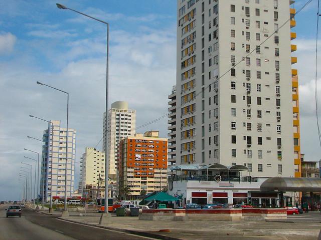 Edificios modernistas construidos durante la rep blica fr for Piso 9 malecon center