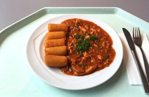 Pork chop in zingara sauce with croquettes / Schweinegeschnetzeltes in Zigeunersauce mit Kroketten