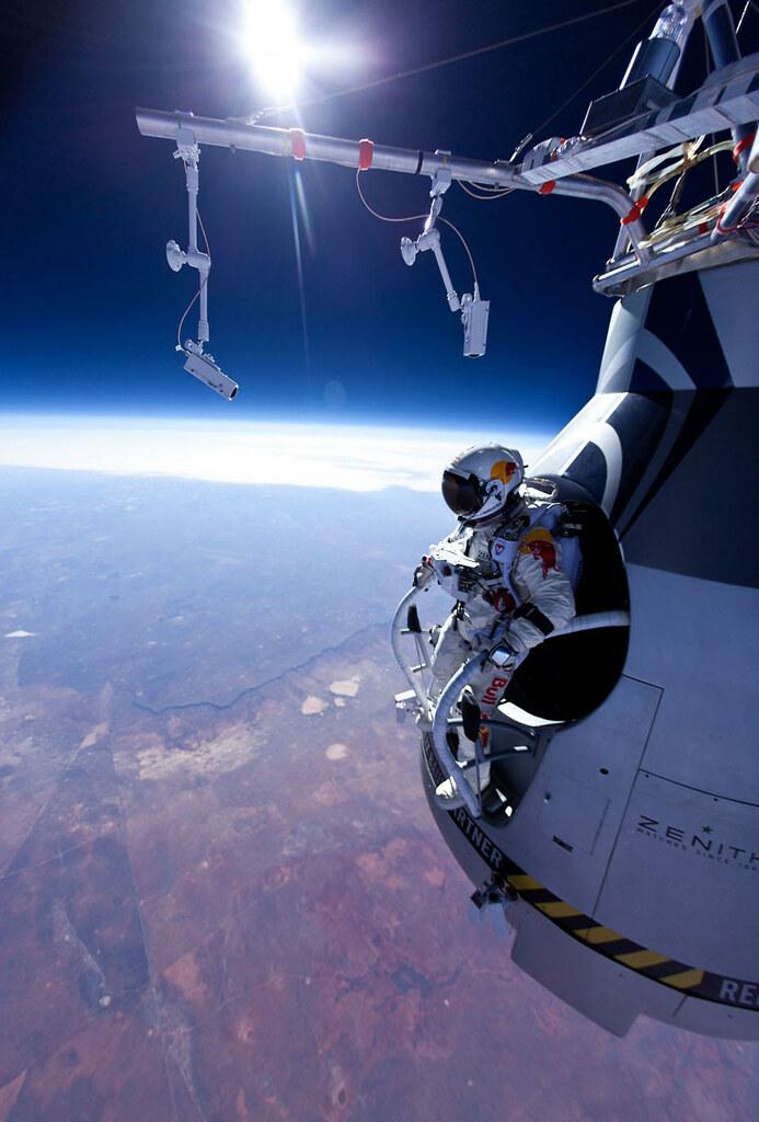 """Résultat de recherche d'images pour """"space jump"""""""