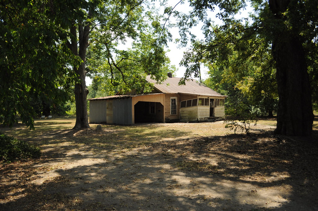 Sharecropper house on east side of gin 1 ruth blaylock for Amy ruth s home style southern cuisine