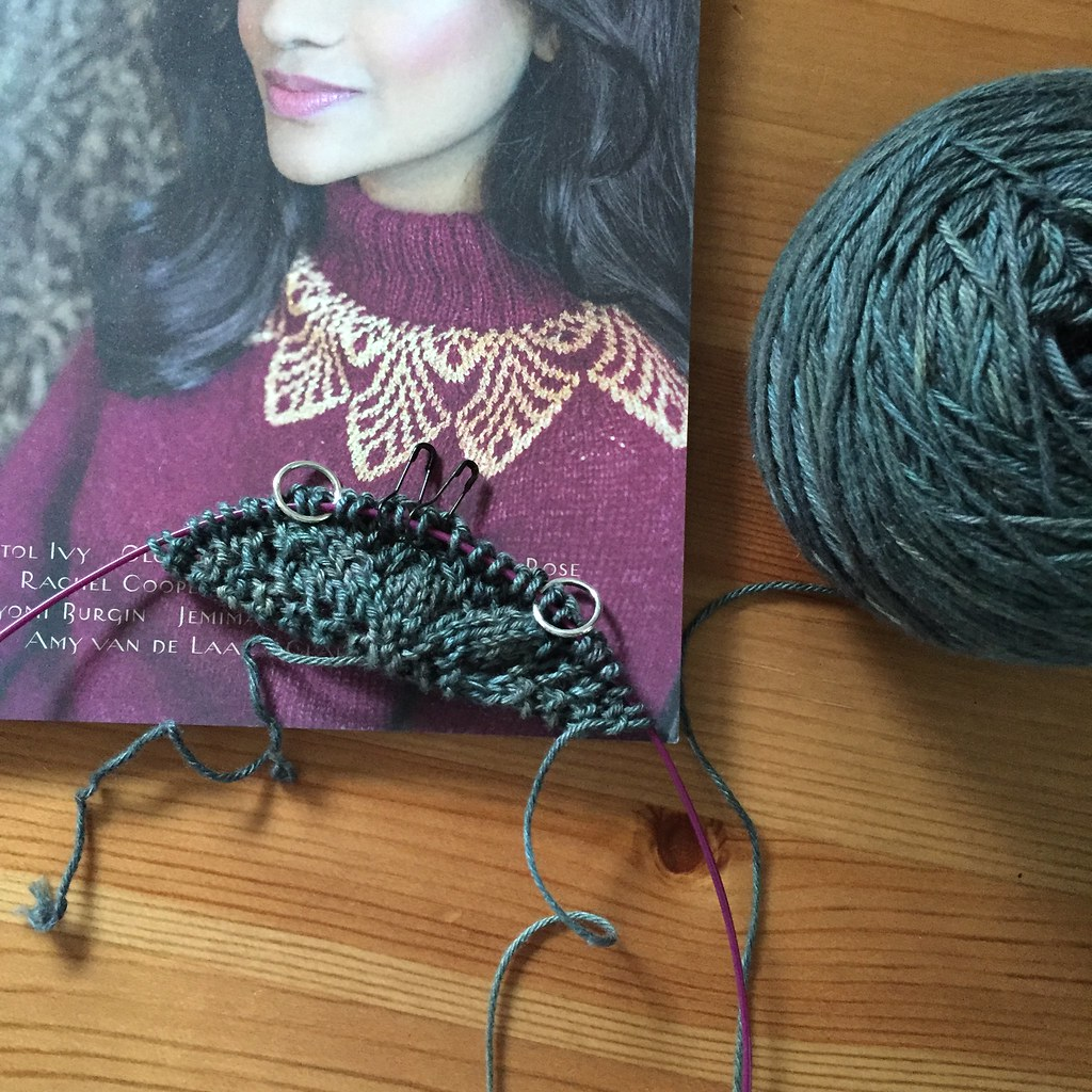 the very beginnings of a new project in a beautiful green yarn
