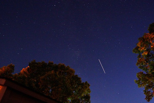 International Space Station Flyover, 7:37:27 PM, 10/11/12 | by Stephen Little