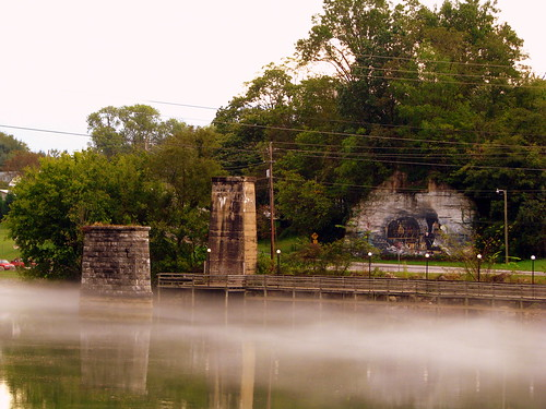 Mist on the Holston River @ Bluff City, TN