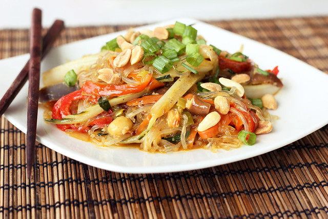 Vegetable Stir-Fry with Kelp Noodles - Gluten-free and Vegan