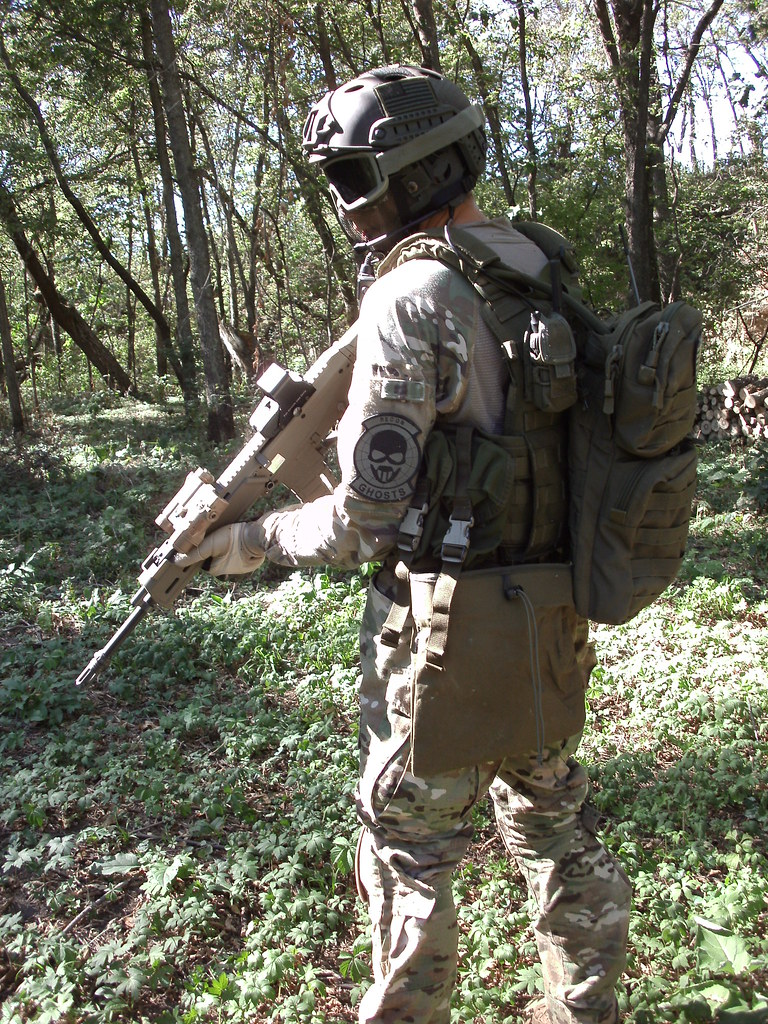 Airsoft ghost loadout