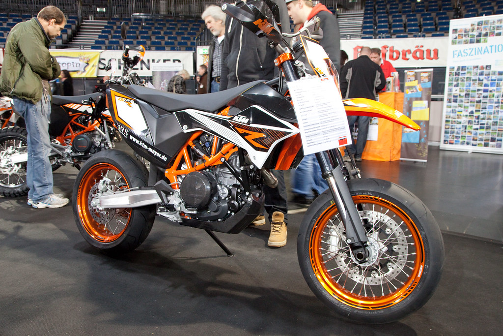 Are New Ktm Motorcycles Fuel Injected