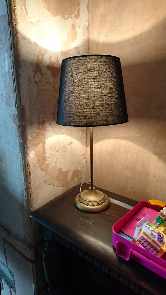 DIY gold-lined lampshade tutorial - before