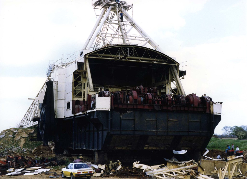 British Steel W1400 Dragline At Corby Northants Being Dis