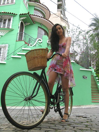 Cycle Chic - Centro Vix 4 | by Dora Doríssima