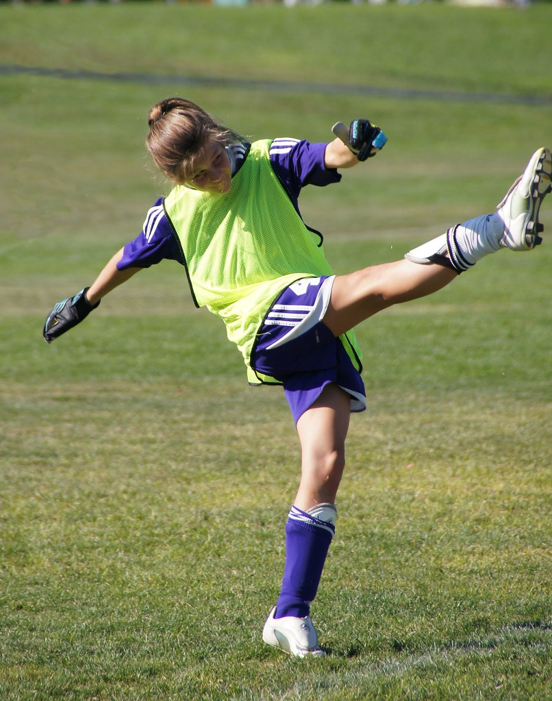 Melissa high leg kick | NFL cheerleaders | Pinterest | Dallas cowboy cheerleaders
