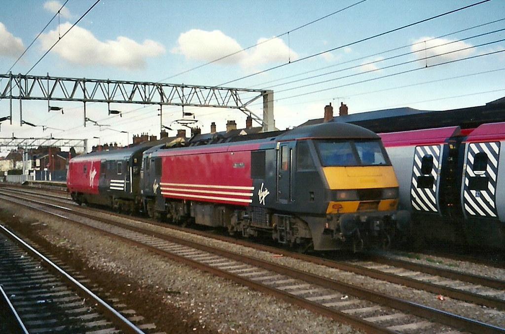 Virgin Trains Class 90 90005 Stafford Virgin Trains
