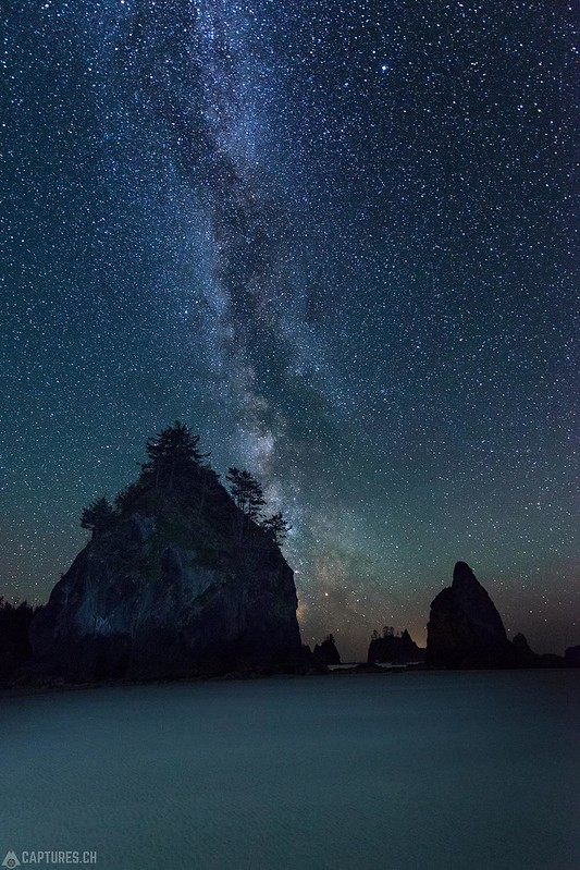 Night sky at the Shi Shi beach - Olympic National Park
