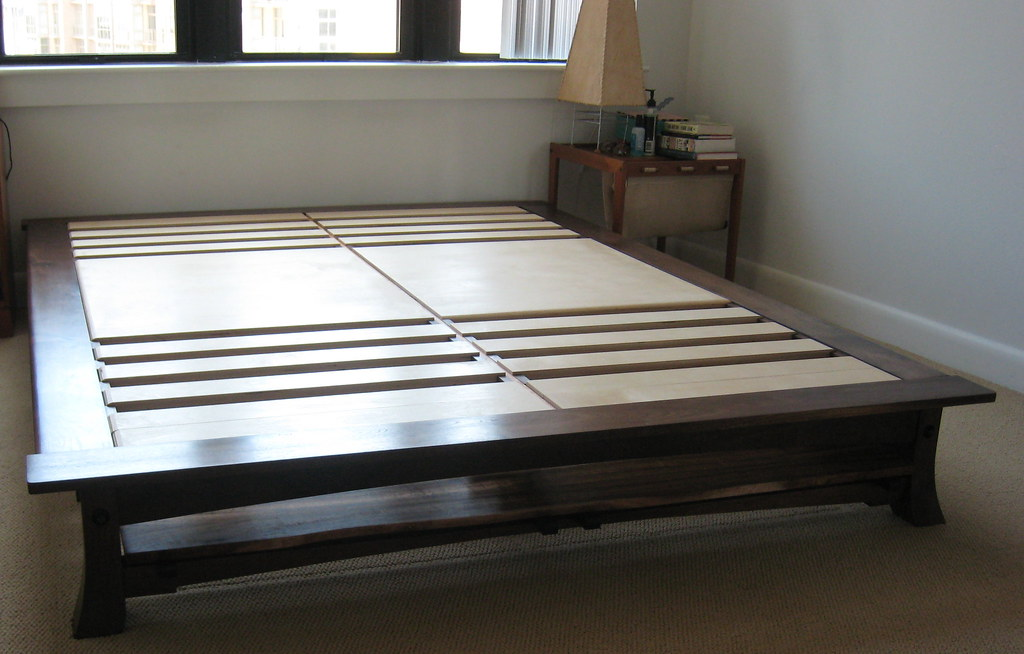 Low King Size Platform Bed Without Headboard Platform Bed Flickr