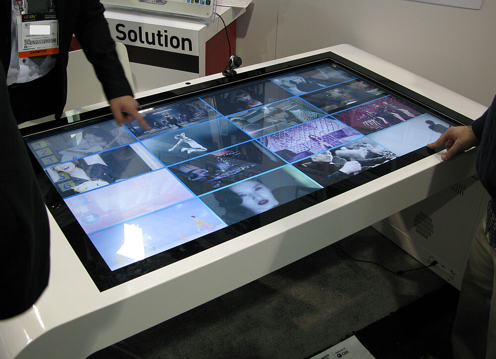 Zoom Digital Signage Multi Touch Table Touch Kiosks Aren
