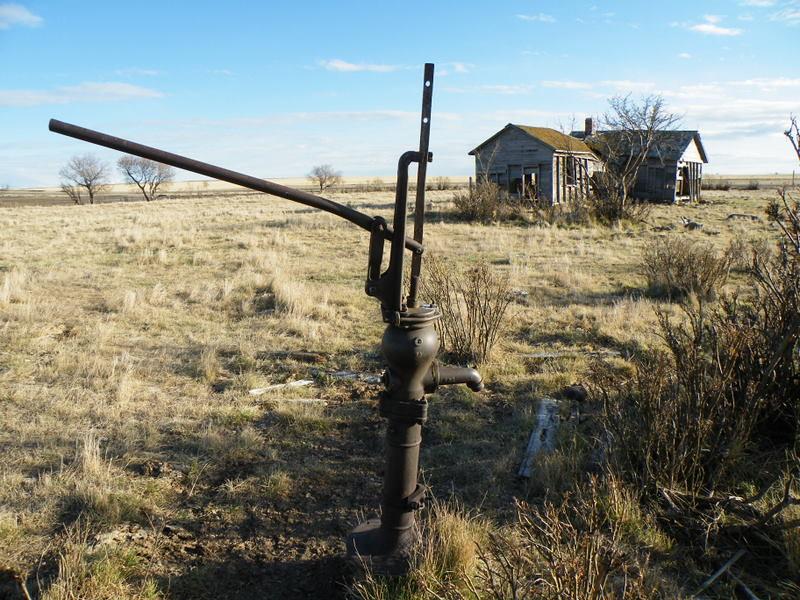 Abandoned Farm House On The Canadian Prairies An